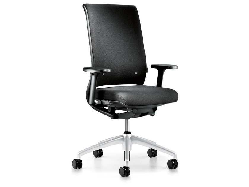 Ergonomic fabric task chair with armrests with casters HERO 162H by Interstuhl
