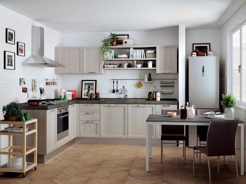 Fitted kitchen HIGHLAND by Scavolini