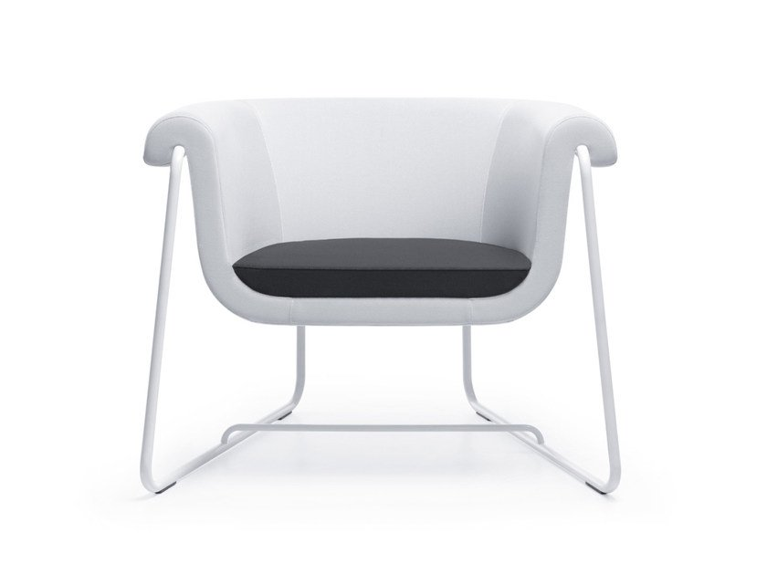 Sled base armchair with armrests HOVER 10 by profim