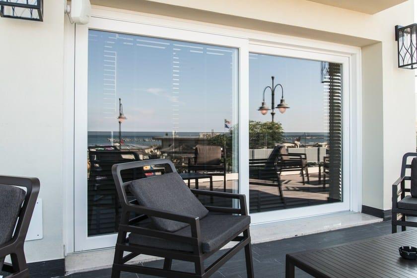 Hs 76 finestra alzante scorrevole by deceuninck italia for Porte lift and slide