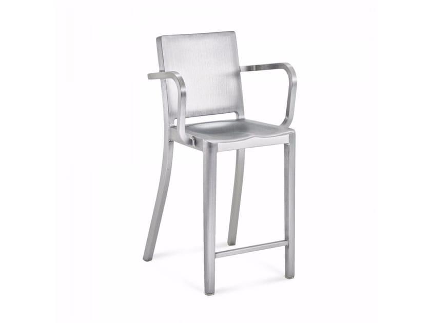 Sedia alta in alluminio con poggiapiedi HUDSON | Sedia alta - Emeco