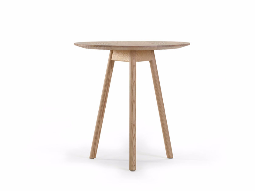 Round ash table KALI | Round table - Offecct