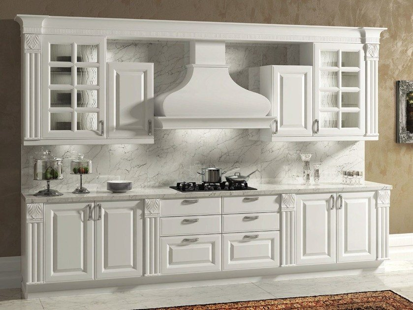 Lacquered wooden fitted kitchen with handles MICHELANGELO | Kitchen with handles by Oikos Cucine