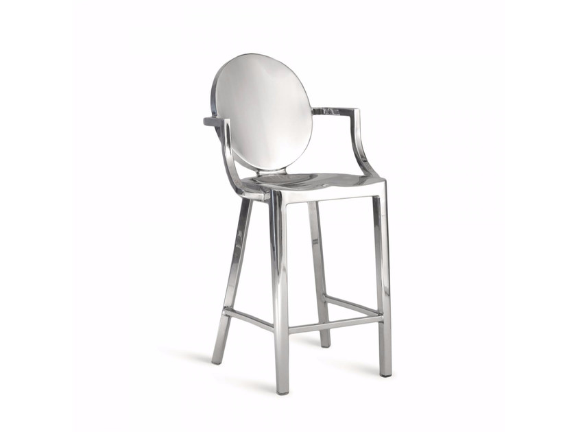 Aluminium counter stool with armrests KONG | Counter stool - Emeco