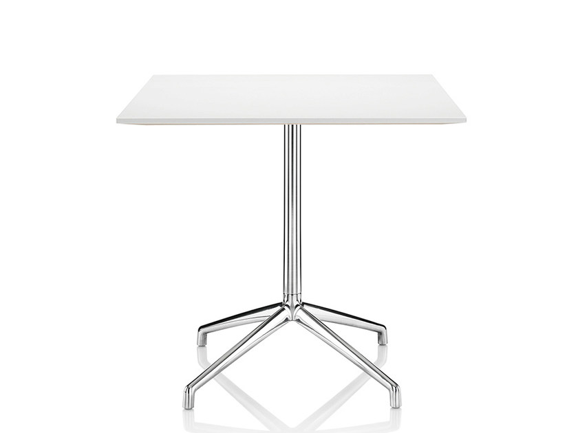 Lacquered square table with 4-star base KRUZE | Square table - Boss Design