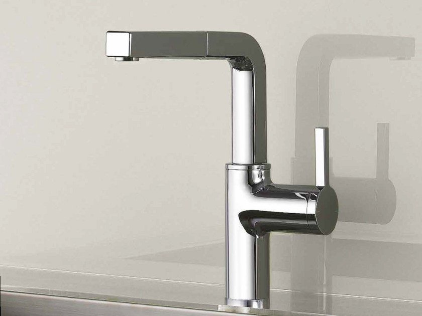 Countertop kitchen mixer tap with pull out spray KWC AVA | 1 hole kitchen mixer tap by KWC