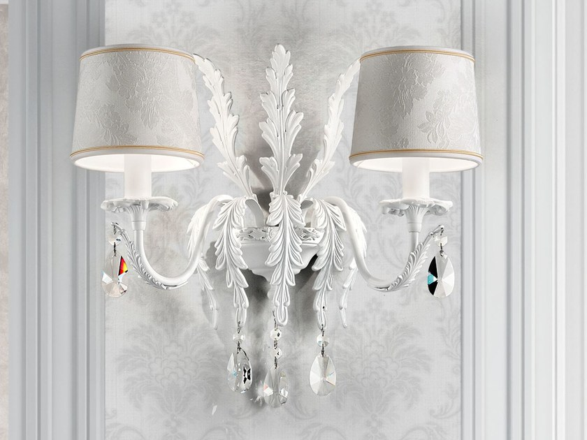 Direct light painted metal wall lamp with crystals ACANTIA | Wall lamp by Masiero