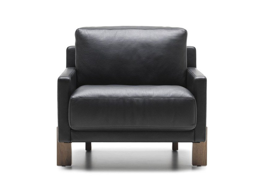 Leather armchair with armrests DS-77 | Leather armchair by de Sede