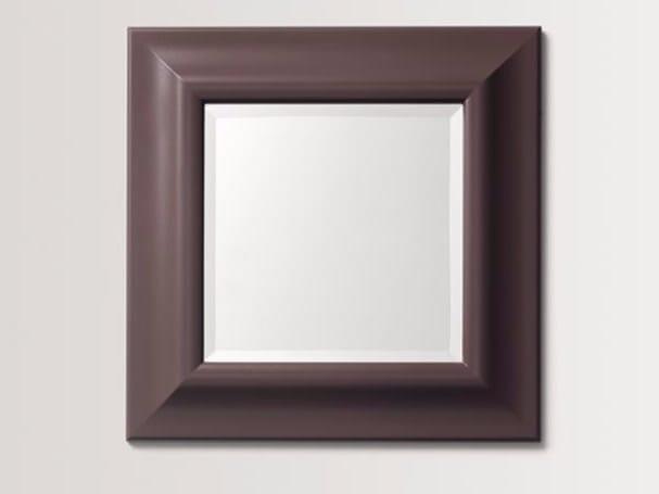 Specchio quadrato a parete con cornice LILUM - BATH&BATH