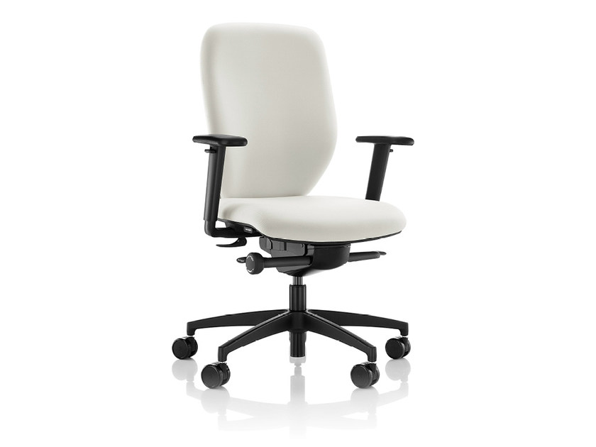 Task chair with 5-Spoke base with armrests LILY | Task chair - Boss Design