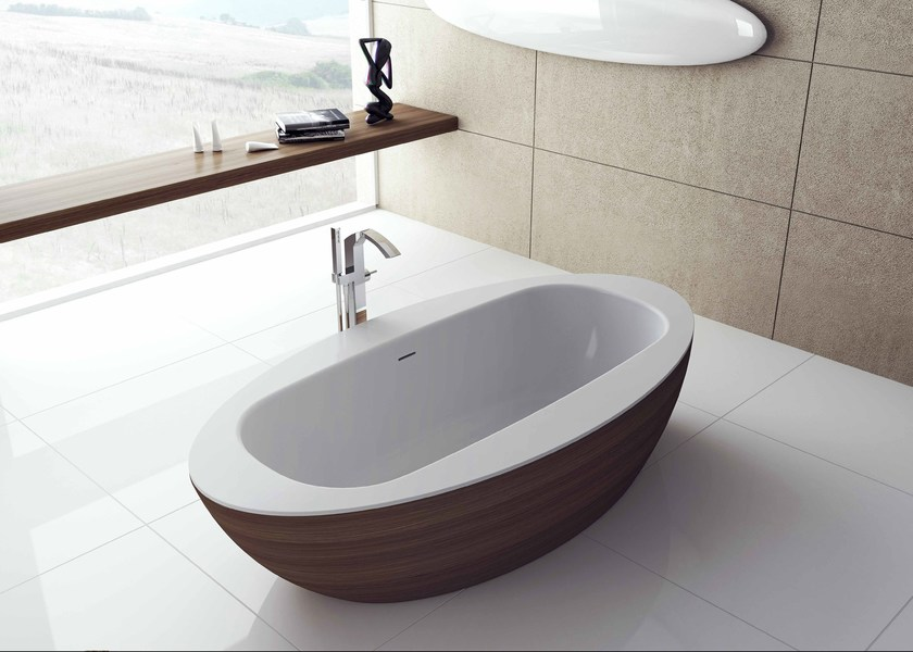 Oval wooden bathtub LOOP - Flora Style