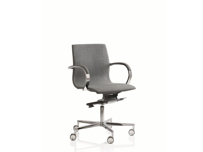 Swivel low back executive chair with 5-spoke base EM204 | Low back executive chair by Emmegi