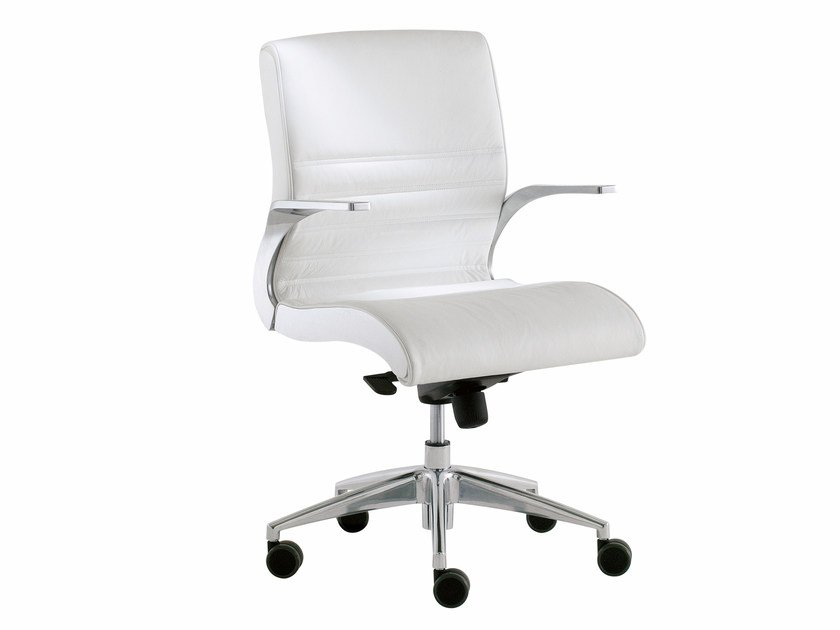 Low back executive chair with 5-spoke base with casters SYNCHRONY | Low back executive chair - Luxy
