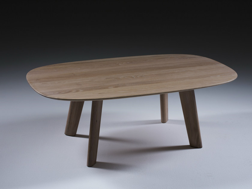 Oval wooden coffee table LUC | Oval coffee table - Artisan
