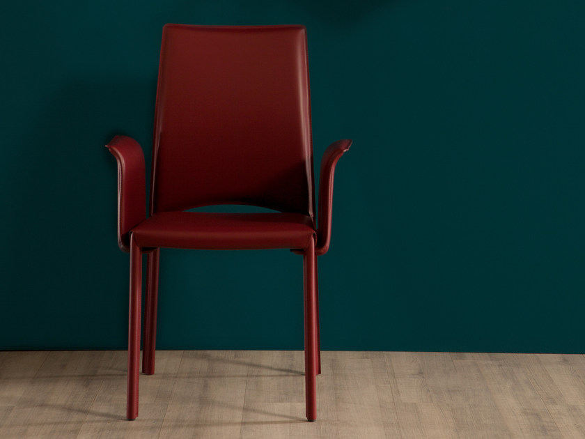 Upholstered leather chair with armrests MADELEINE | Chair with armrests by Tonin Casa