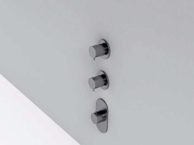 3 hole stainless steel thermostatic shower mixer MAE | 3 hole thermostatic shower mixer by Rexa Design