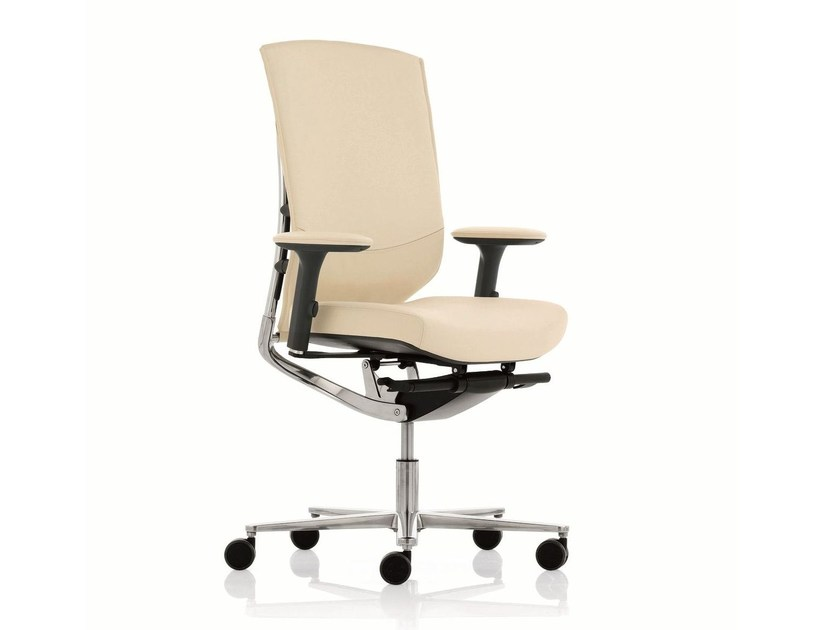 Executive chair with 5-spoke base with armrests MOOD | Medium back executive chair - Emmegi