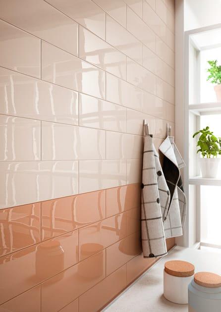 Covering ceramic tile