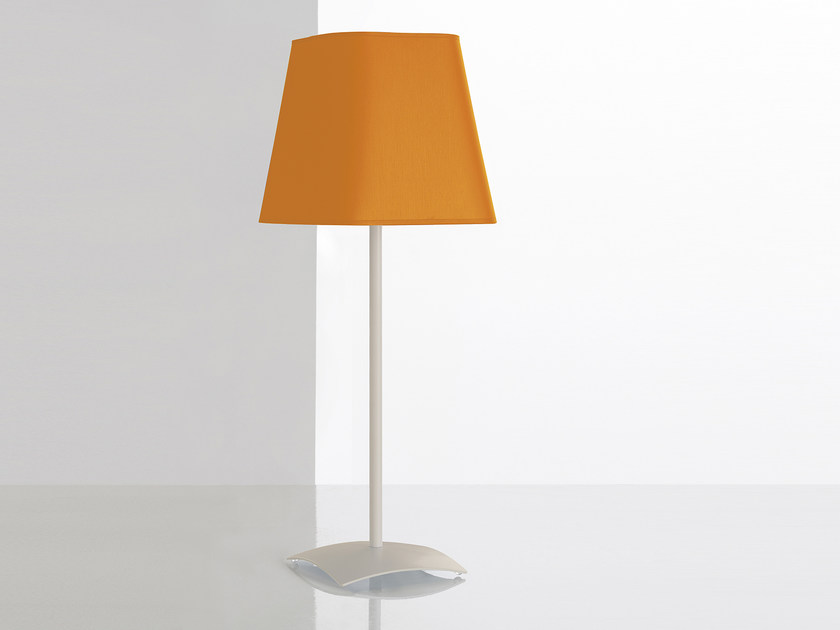 Direct light table lamp MELODY | Table lamp by MANADE
