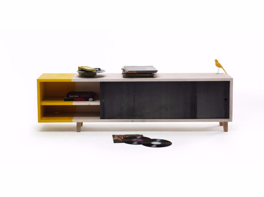 TV cabinet with sliding doors MERCUZIO - Vontree