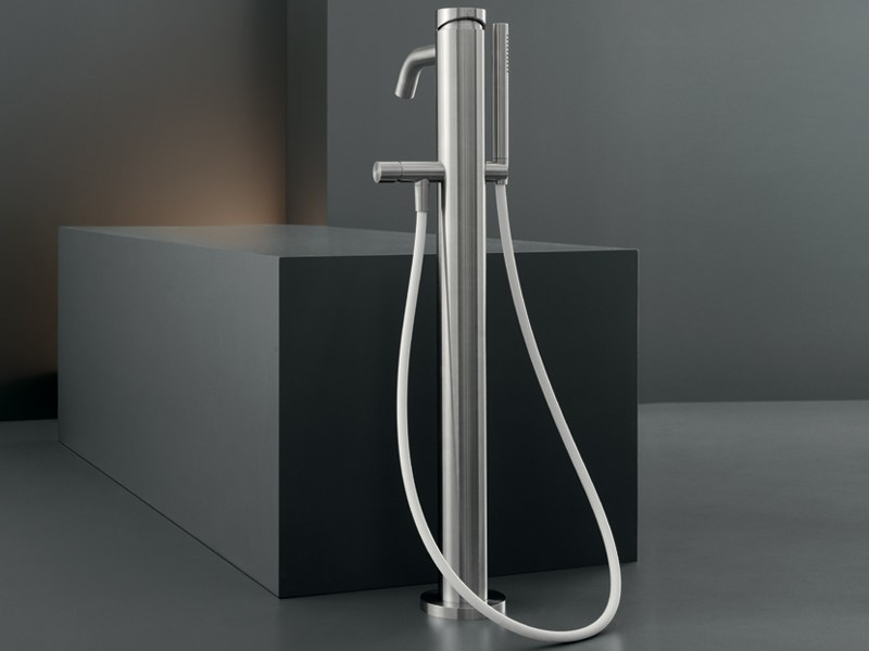 High water flow free-standing mixer for bathtub MIL 99 - Ceadesign S.r.l. s.u.