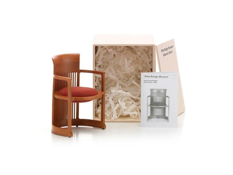 Soprammobile miniatures barrel chair collezione miniatures for Mobili bauhaus repliche