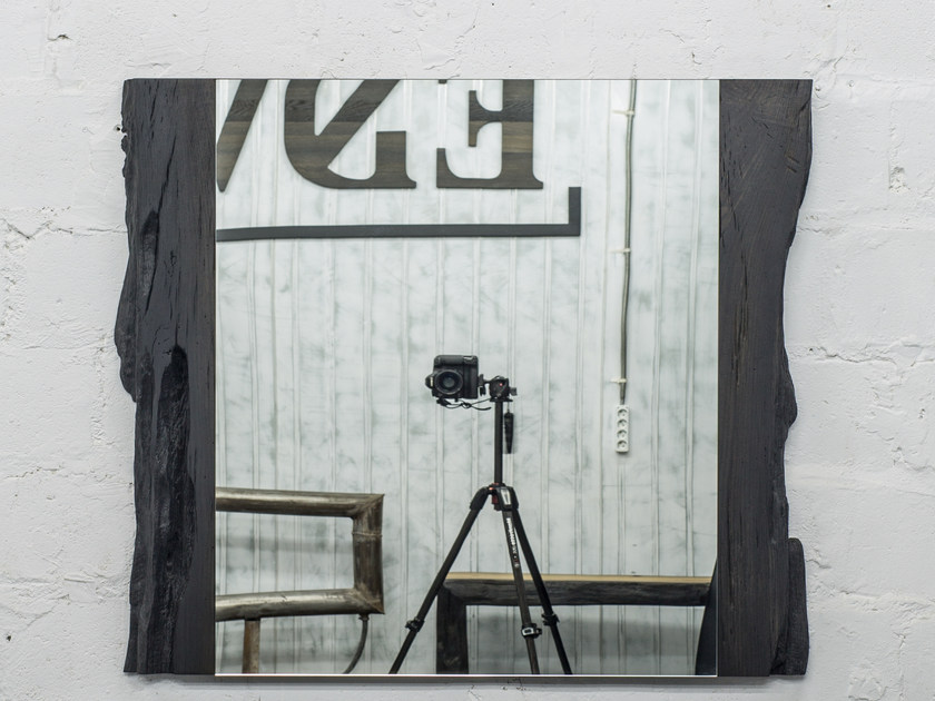 Rectangular wall-mounted framed mirror LEO | Mirror by EDWOOD