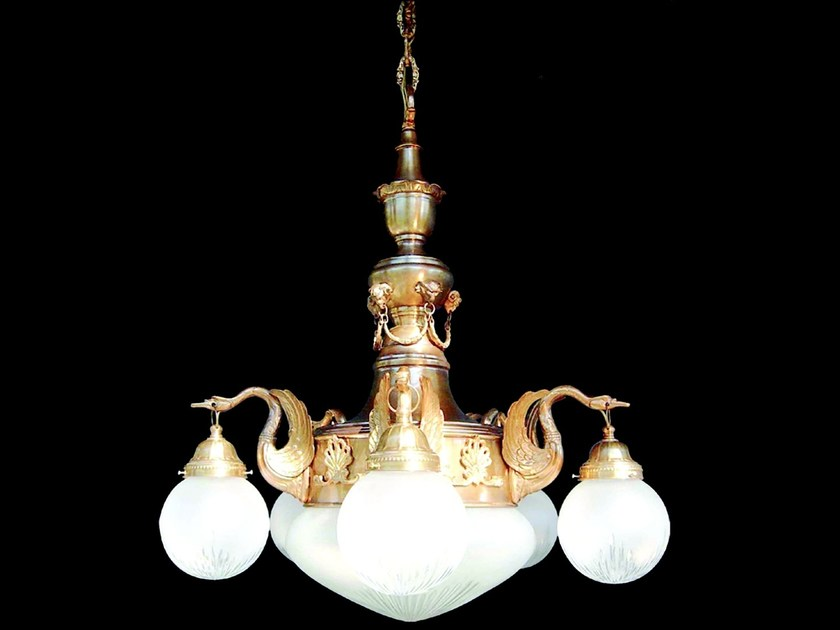 Direct light handmade brass chandelier MISKOLC I | Brass chandelier by Patinas Lighting