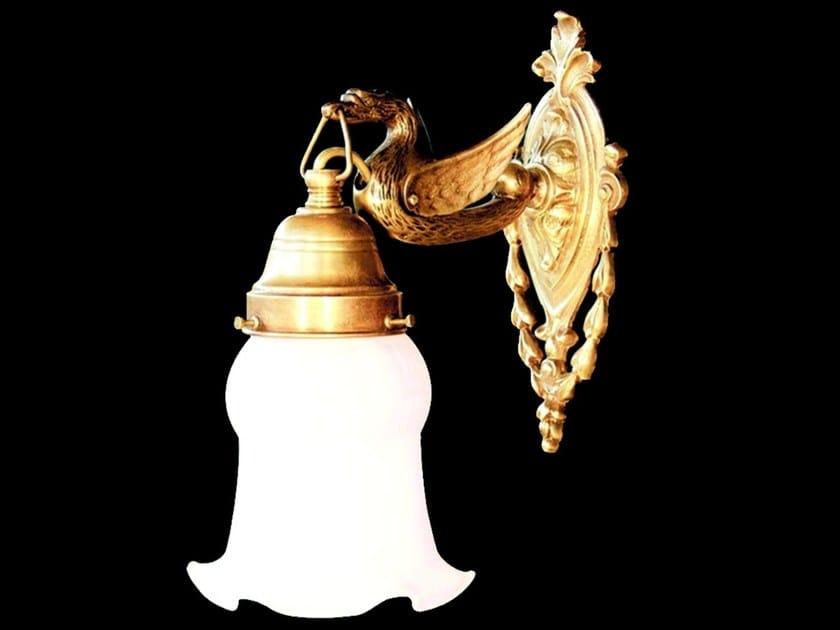Lampada da parete a luce diretta fatta a mano in ottone MISKOLC III | Lampada da parete - Patinas Lighting