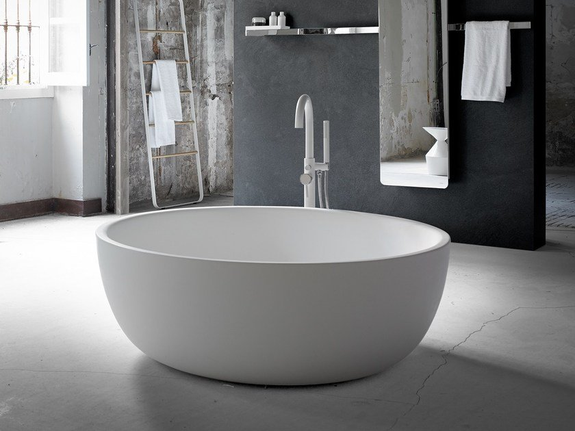 Freestanding oval Solid Surface® bathtub MOON - INBANI