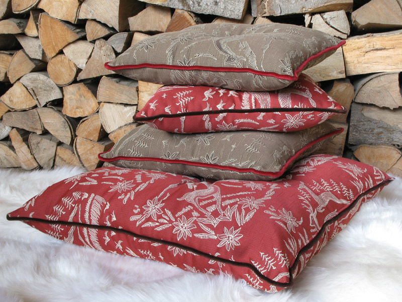 Fire retardant jacquard fabric with graphic pattern MOUNTY BANDE by l'Opificio