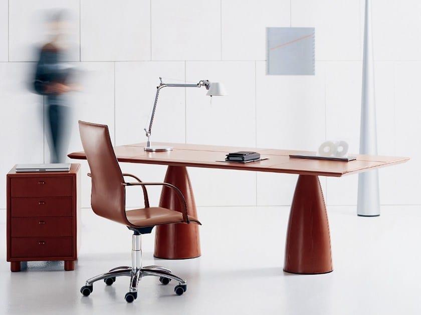 Rectangular tanned leather office desk MYTHOS | Office desk by Polflex