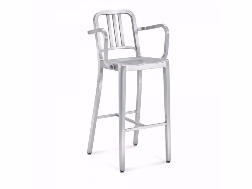 Aluminium barstool with armrests 1006 NAVY® | Stool with armrests - Emeco