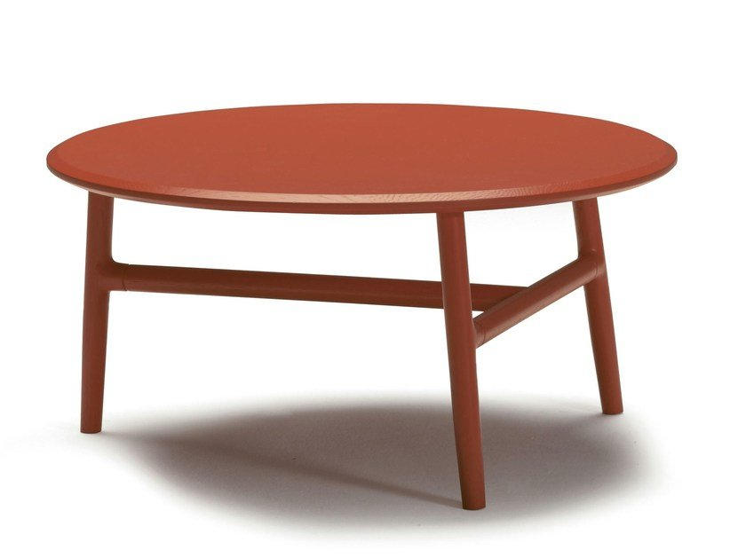 Round wooden coffee table NUDO | Round coffee table by SANCAL