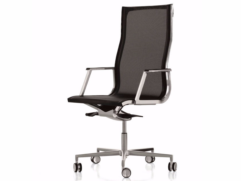 Height-adjustable mesh executive chair with 5-spoke base with casters NULITE | Mesh executive chair by Luxy