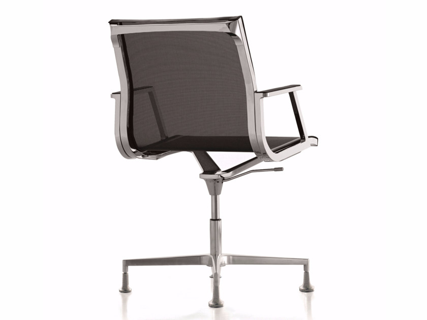 Mesh reception chair with 4-spoke base with armrests NULITE | Chair with 4-spoke base by Luxy