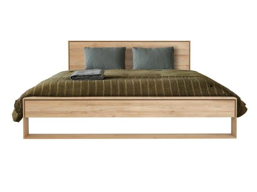 Oak double bed OAK SHADOW | Bed - Ethnicraft