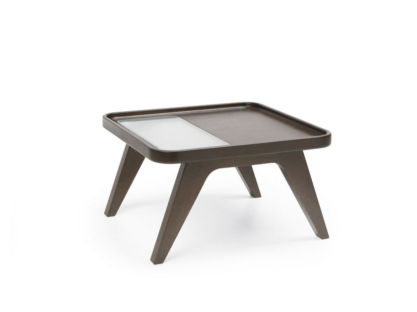 Square wooden coffee table OCTOBER S2 by profim