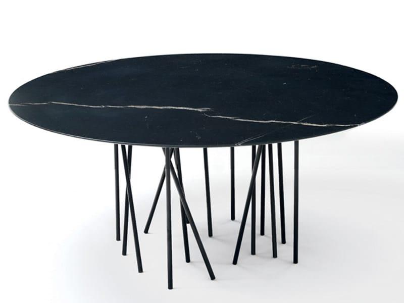 Round marble table OCTOPUS | Table - arflex