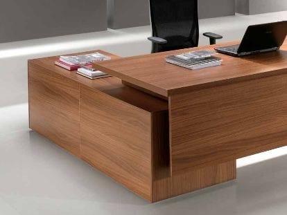 Scrivania ad angolo in legno con cassetti ODEON | Scrivania ad angolo by Castellani.it