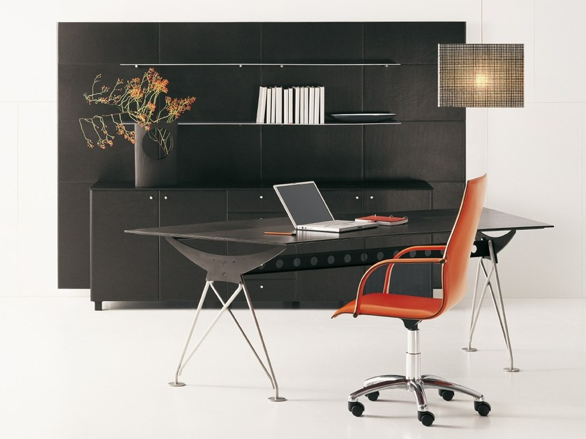 Tanned leather office desk CONSILIUM | Office desk by Polflex