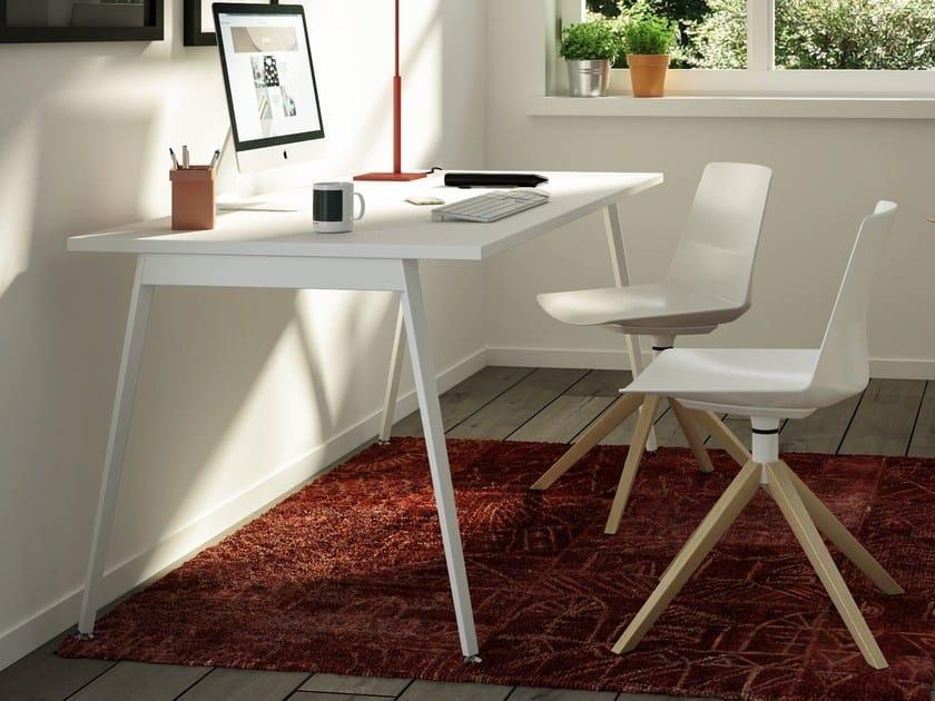 Rectangular workstation desk X3 | Office desk by Quadrifoglio