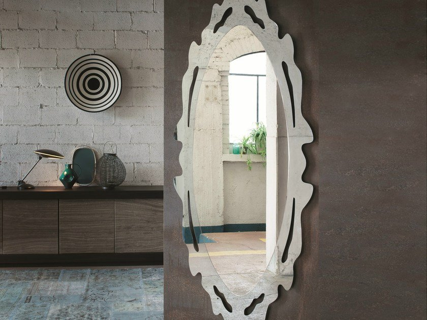 Oval wall-mounted mirror OLIVER - RIFLESSI