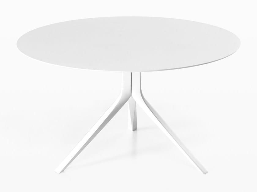 Tavolo rotondo in alluminio pressofuso OOPS I DID IT AGAIN | Tavolo rotondo - Kristalia