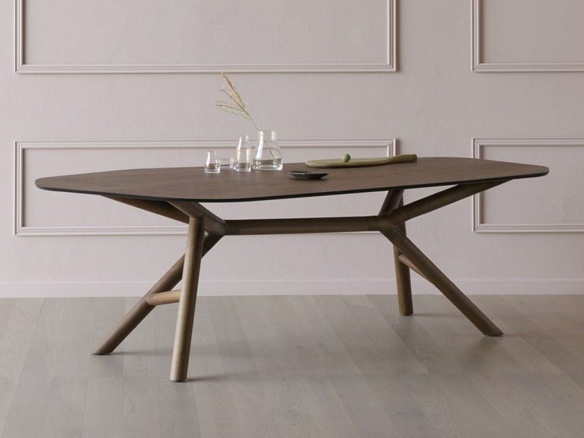 Contemporary style walnut table OTTO | Walnut table - Miniforms