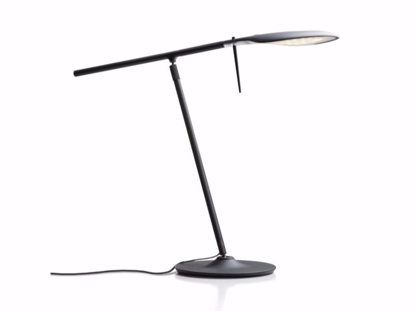 Adjustable aluminium table lamp PADDLE | Table lamp - Fabbian