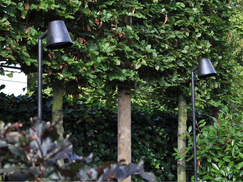 Garden brass bollard light PARKER PATHWAY LIGHT - ROYAL BOTANIA