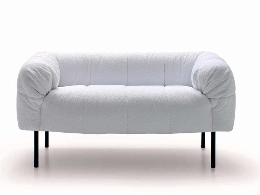 Upholstered fabric sofa PECORELLE | Sofa by arflex