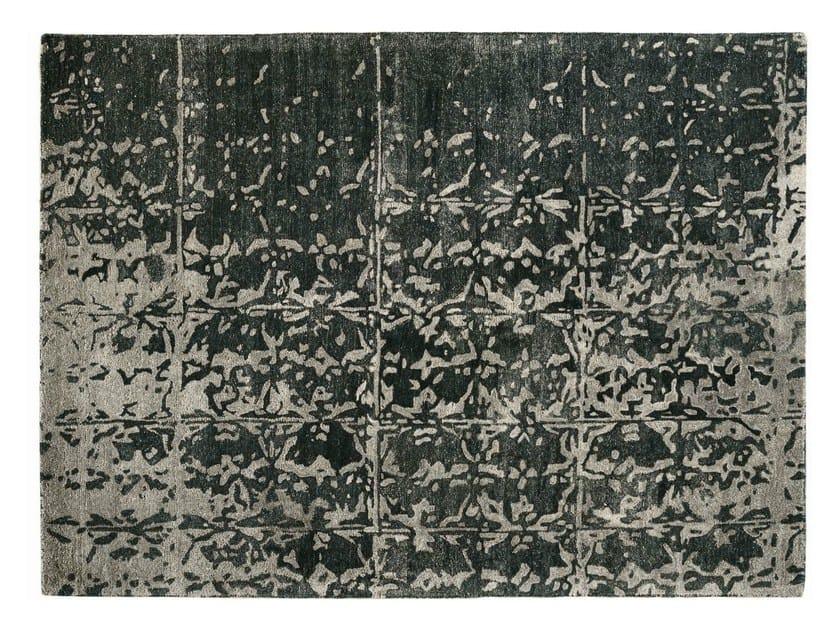Patterned handmade rectangular rug PHANTOM - Toulemonde Bochart