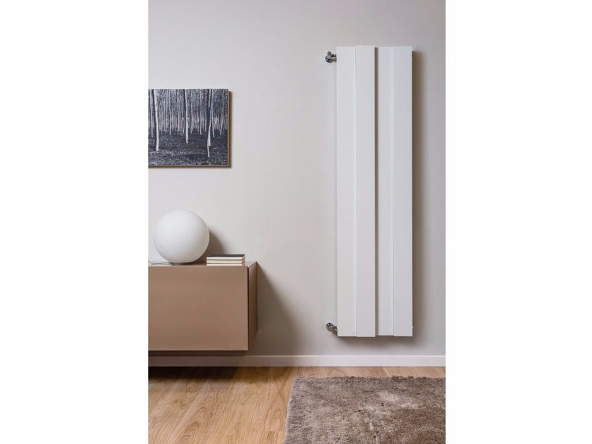 Vertical wall-mounted aluminium radiator PIANO SHIFT | Vertical radiator - RIDEA